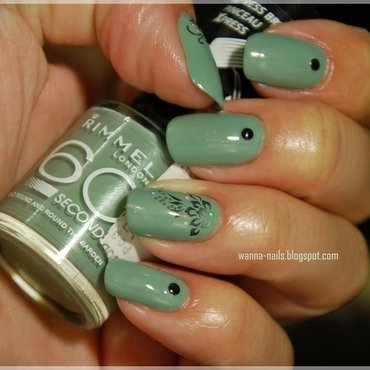 Khaki nail art by Oana Chiciu