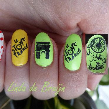 Tour de France nail art by Linda de Bruijn
