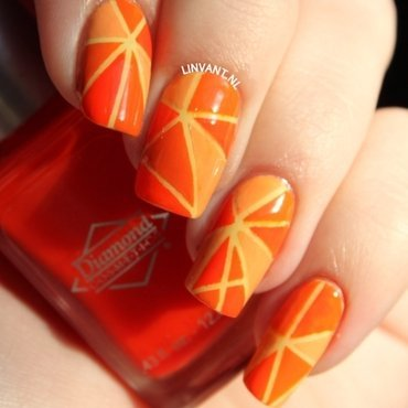Heiniken Holland House nail art by Lin van T