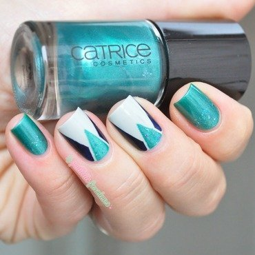 mermaid tape mani nail art by nathalie lapaillettefrondeuse