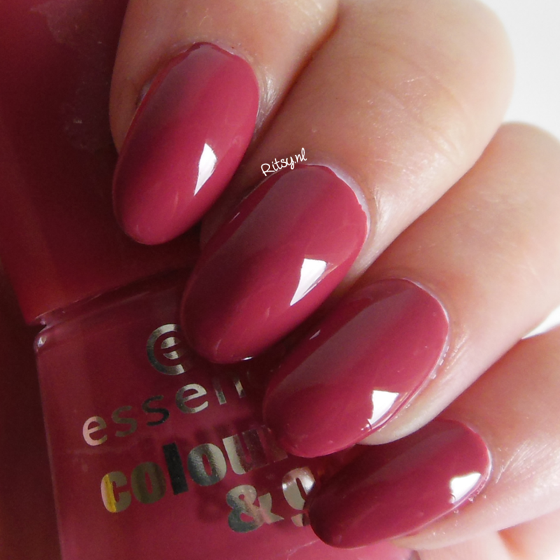 Essence English Rose Swatch by Ritsy NL