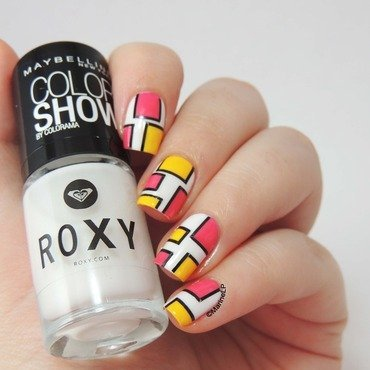 Maybelline roxy pop surf collection striping tape 20 2  thumb370f