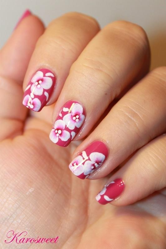 "My first ""one stroke"" nail art nail art by Karosweet"