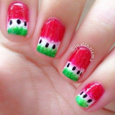 Sponged Gradient Watermelon nail art by ℐustine
