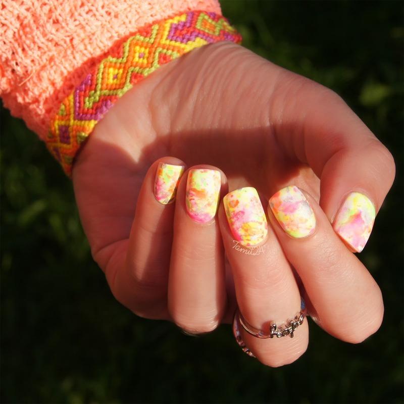 Neon Matte Splatter nail art by Paulina