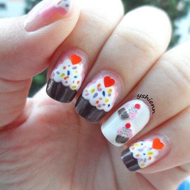 Cupcake confetti nail art by Shien