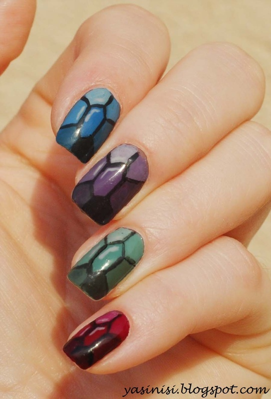 Inspired by Chalkboard Nails nail art by Yasinisi