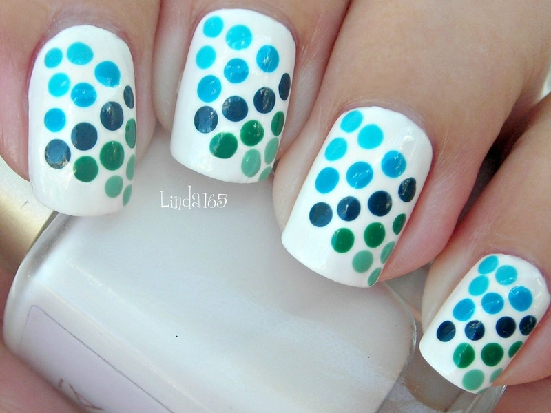 Blue to Green Gradient Dots nail art by Iliana S.