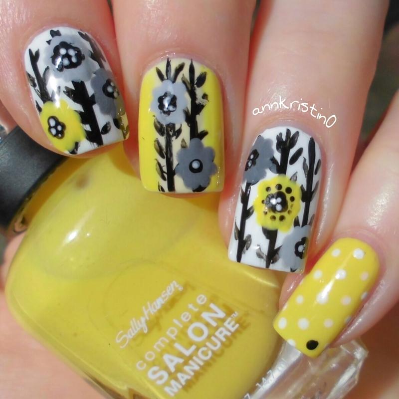 Yellow Retro Flowers nail art by Ann-Kristin
