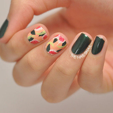 Rousseau/Pshiiit Polish-inspired Tropical Floral nail art by Lucy (the Nail Snail)