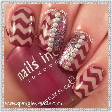 Chevron Nail Art nail art by Nicole Louise