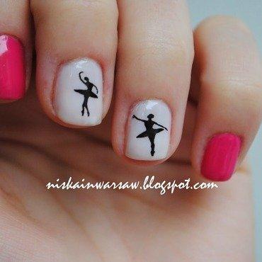 Ballet lover nail art by Niska