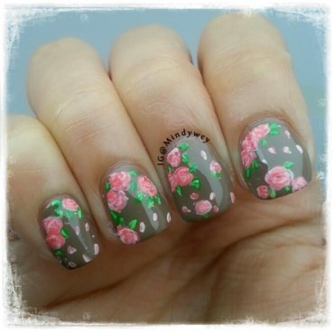 vintage flowers nail art by mindywong