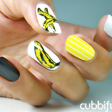 Andy Warhol Goes Bananas - Solo Shot nail art by Cubbiful