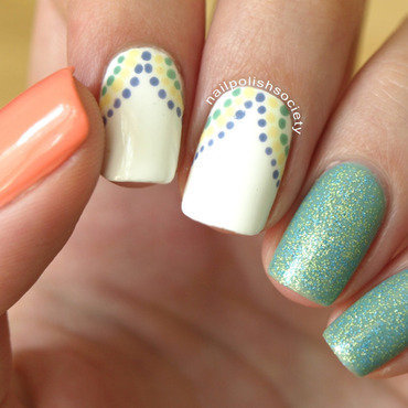 Dotty Skittlette nail art by Emiline Harris