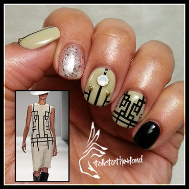 Fashionable Nude nail art by TalktothehandNails