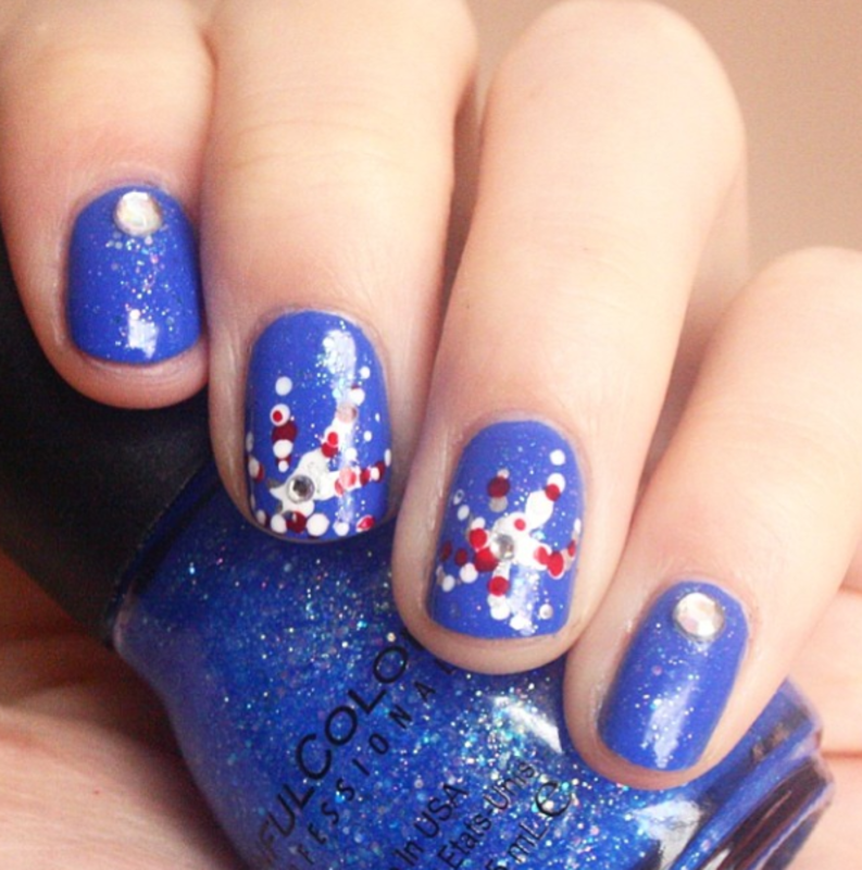 Independence Day Fireworks nail art by Anya Qiu