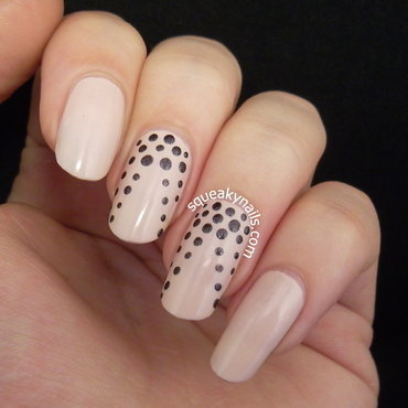 Dotted Nude nail art by Squeaky  Nails
