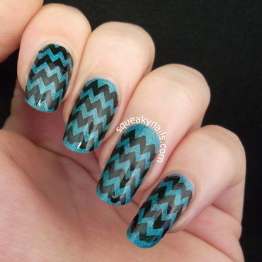Ocean Chevron nail art by Squeaky  Nails