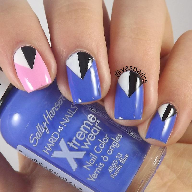 Retro Triangles nail art by  Vanesa