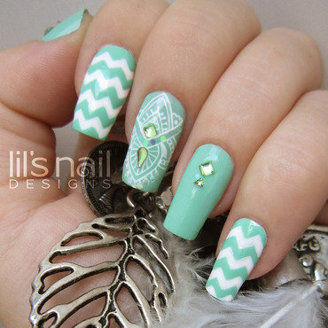 Logo nails 31 thumb370f