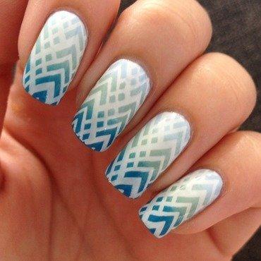 Aztec gradient nail art by Marissa Jansen