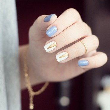 Triangle is my favorite shape nail art by Treviginti