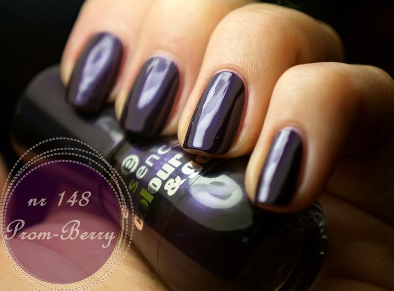 Essence colour&go 148 prom berry Swatch by PaznokcioweLovee