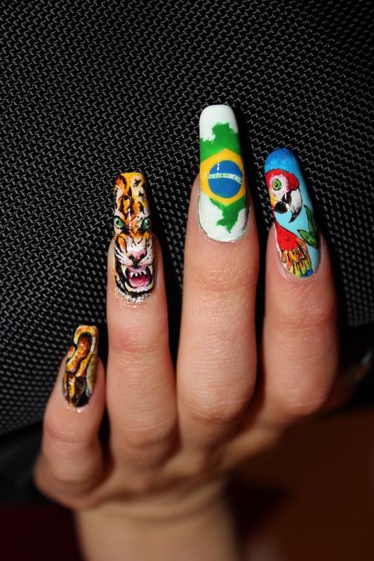 Brasil inspiration nail art by Giulia Cecchini