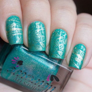 Refreshing stamping nail art by Alena Belozerova