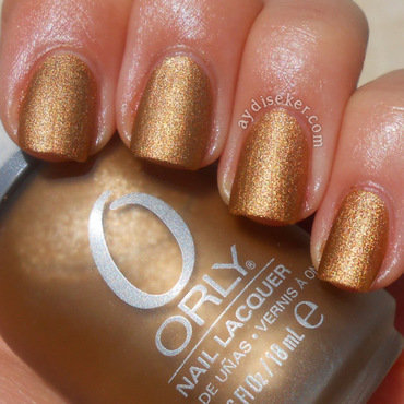Orly Solid Gold Swatch by Aydi Seker