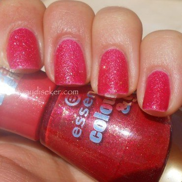 Essence Sparkle and Sand - Me and My Lover Swatch by Aydi Seker