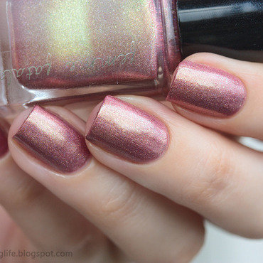 Femme 20fatale 20midnight 20masquerade 20swatch 203 thumb370f