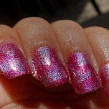 Zigzag nail art by Nicky
