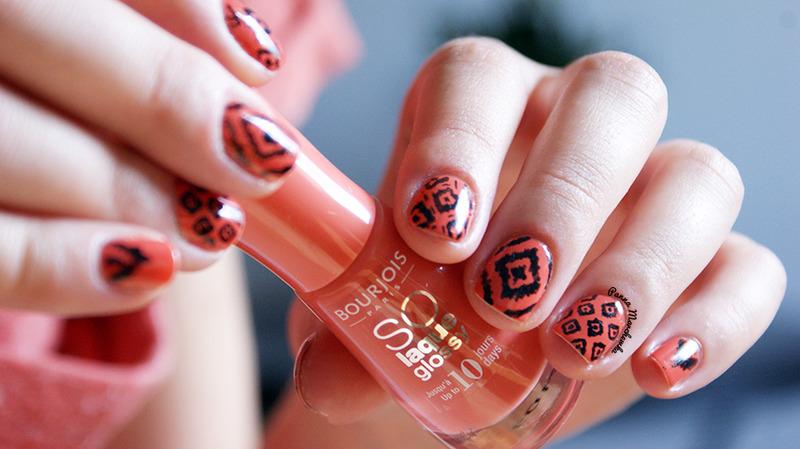 Ikat Print nail art by Panna Marchewka