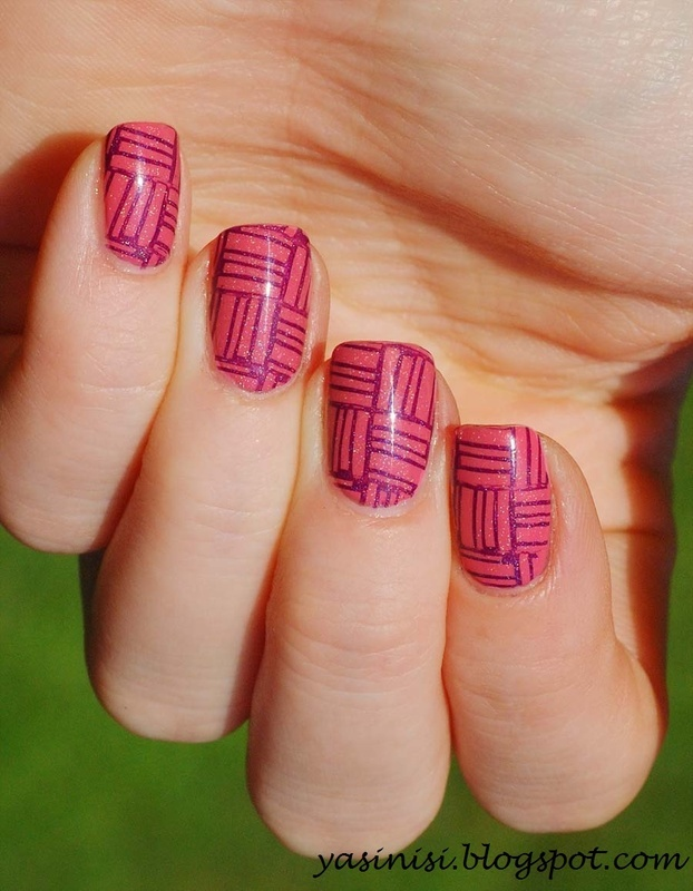 B.loves plates B01 geometry is perfect nail art by Yasinisi