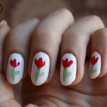 Tulips nail art by Pat