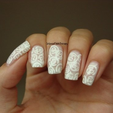 White Jelly Floral Manicure nail art by IntensePolishTherapy Anita