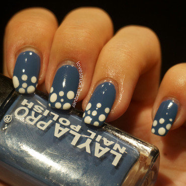 blue and white gradient dotticure nail art by Stephanie L