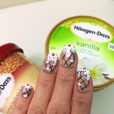 Ice cream for ice cream  nail art by Liz