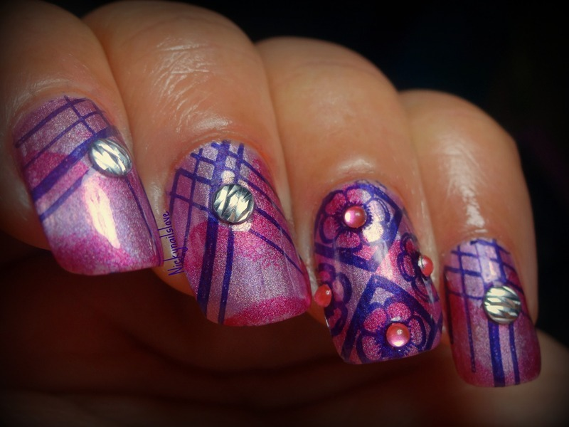Lines nail art by Nicky