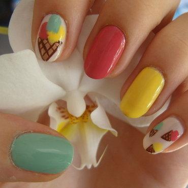 Ice cream :) nail art by Lakierowniczka