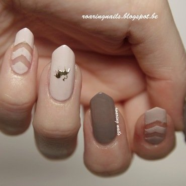 Negative Spaces nail art by Robin
