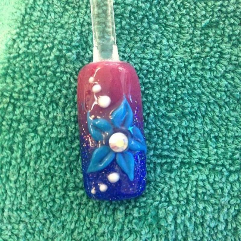 Simple Flower nail art by Beth Marie