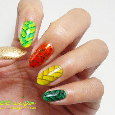 Ketupat Nails nail art by Lacqueerisa