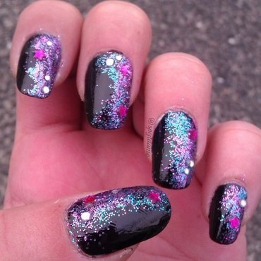 Sparkly Galaxy nail art by Sparkly Nails by Spejldame