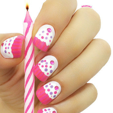 Cupecake 20nails thumb370f
