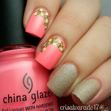 Teeny flowers nail art by Cristina Alvarado