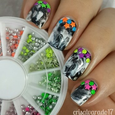 Dry marble and studs nail art by Cristina Alvarado