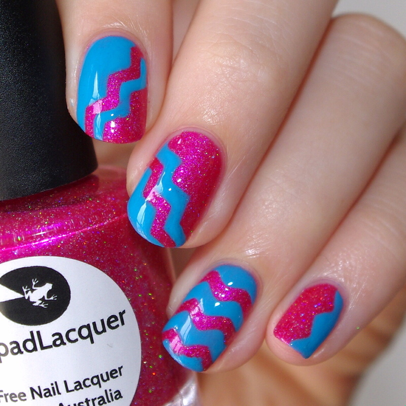 Turquoise and Pink nail art by Bulleuw